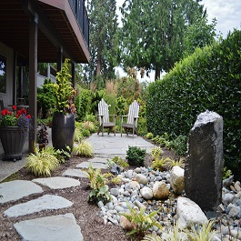 edmonds-back-yard-water-feature-and-seating-area_sublime-garden-design-2-265x265