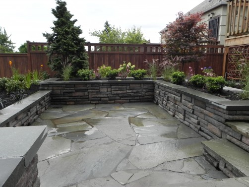 ledgestone seat walls in Seattle