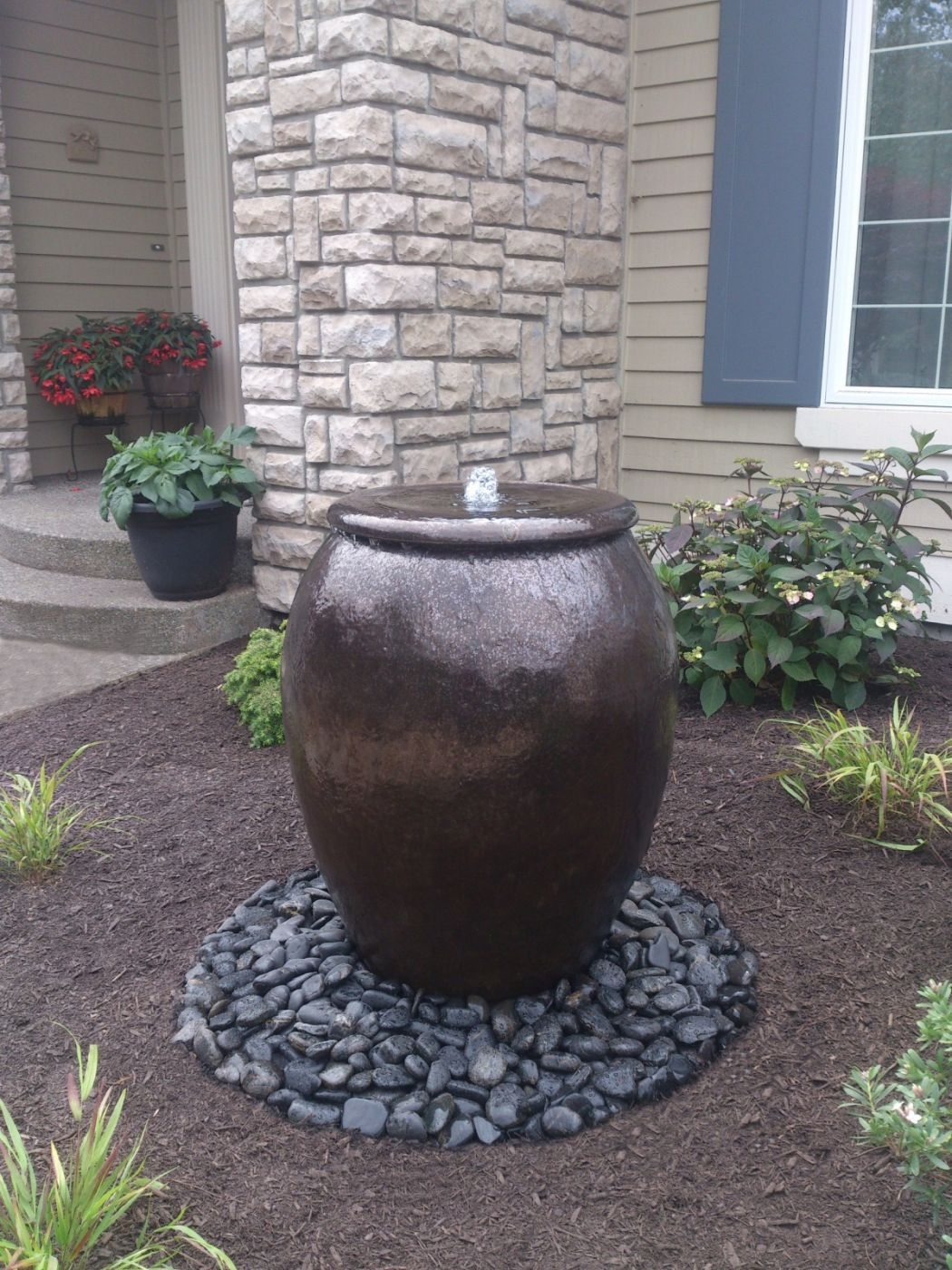 Bubbler Pot Water Feature