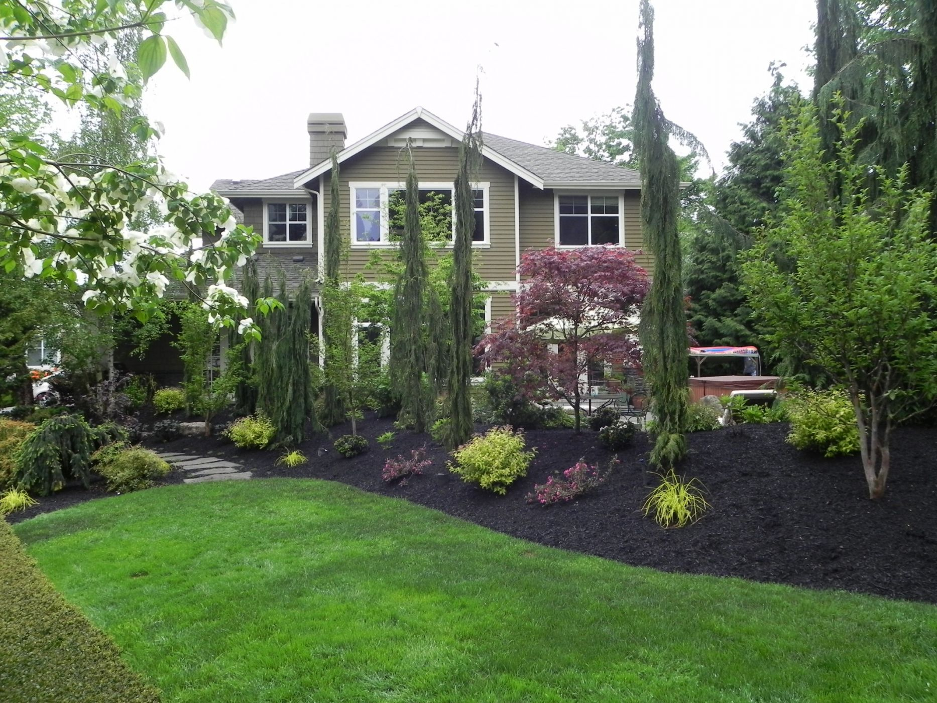 Sublime garden design mulch sublime garden design for Landscape design