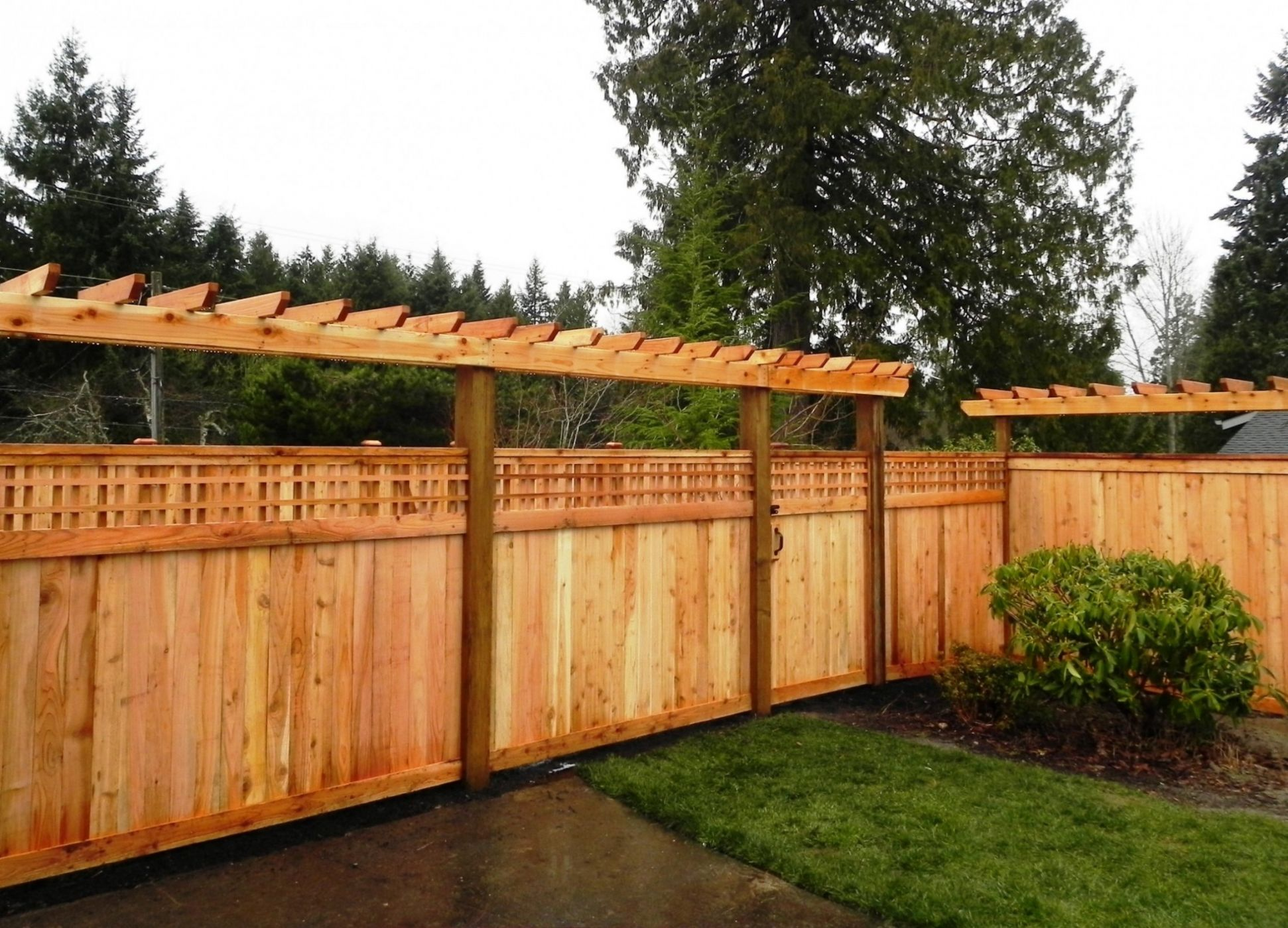 Snohomish fence sublime garden design landscape design Wood garden fence designs