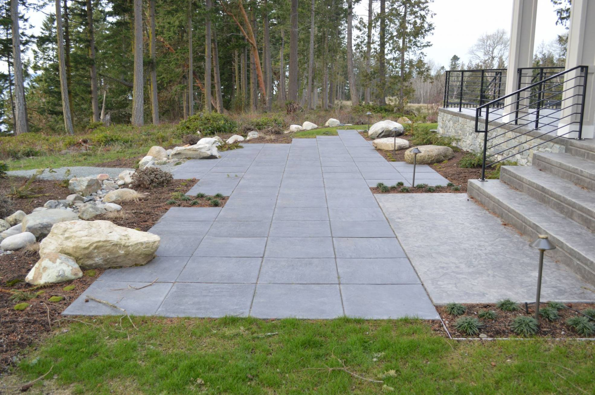 Camano Island Architectural Slab Paver Patio