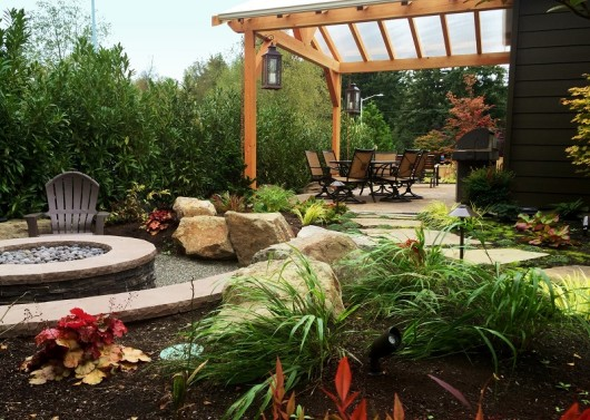 Lynnwood gas fire pit and cedar structure by Sublime Garden Design (800x570)