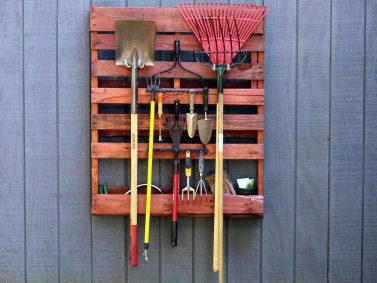 Pallet Tool Storage (Photo Courtesy of HGTV)